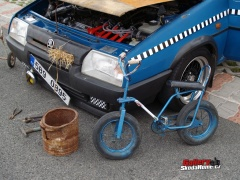 01052010-fashion-cars-8-118.jpg