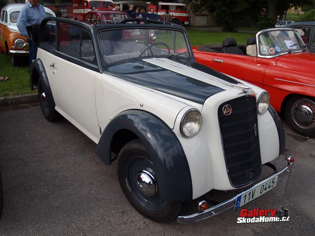 xiv-klecanska-veteran-rallye-036.jpg