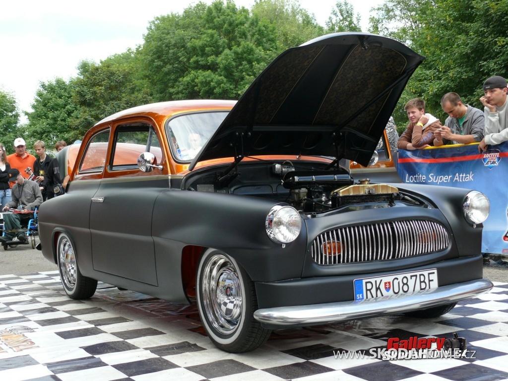 19062010-7-tuning-auto-show-209.jpg