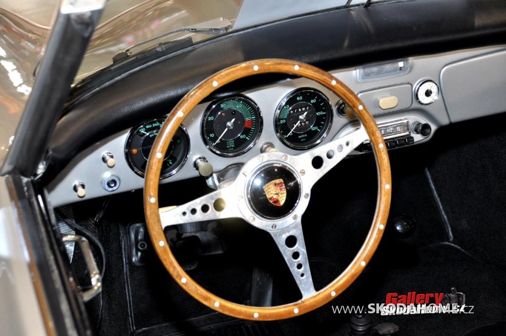 retro-classic-stuttgart-2011-370.jpg