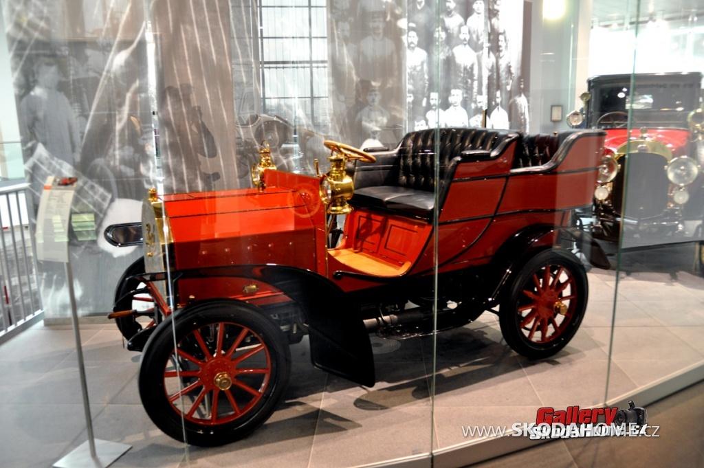 muzeum-audi-evo-2011-005.jpg