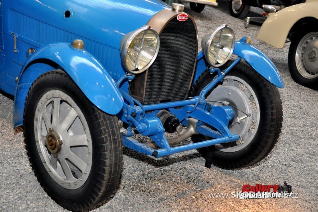 bugatti-ve-francouzskem-mulhause-117.jpg