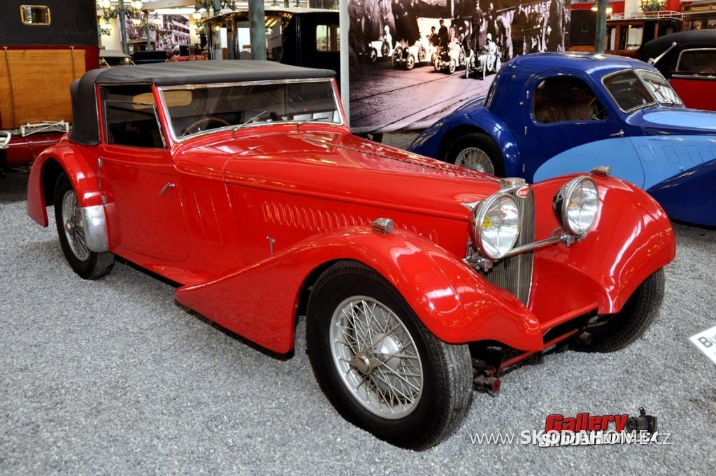 bugatti-ve-francouzskem-mulhause-124.jpg