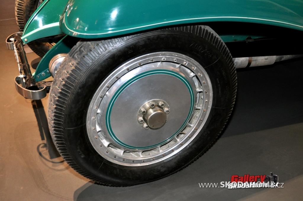 bugatti-ve-francouzskem-mulhause-186.jpg