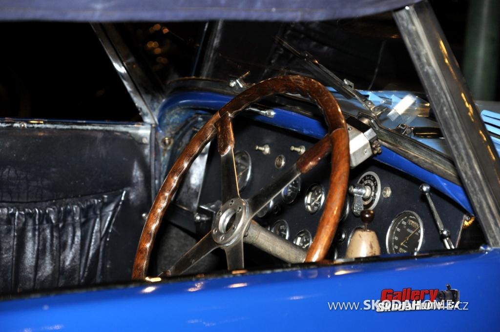 bugatti-ve-francouzskem-mulhause-058.jpg