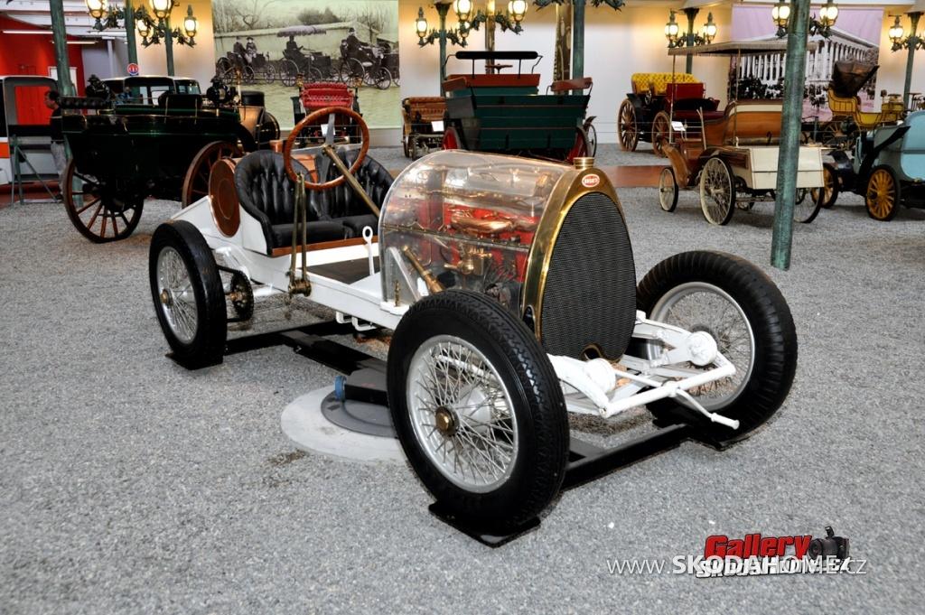 bugatti-ve-francouzskem-mulhause-091.jpg