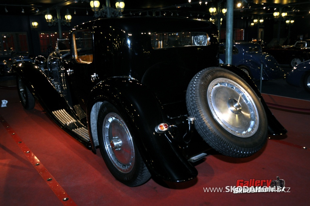 bugatti-ve-francouzskem-mulhause-082.jpg