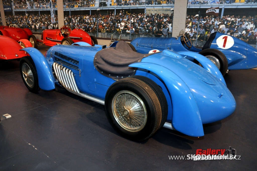 bugatti-ve-francouzskem-mulhause-170.jpg
