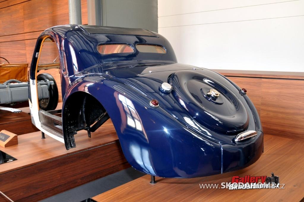 bugatti-ve-francouzskem-mulhause-210.jpg