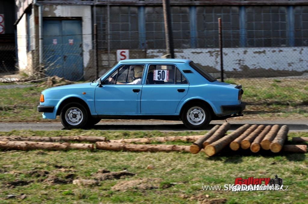 rallye-praha-revival-2011-021.jpg