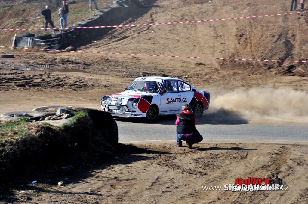 rallye-praha-revival-2011-163.jpg