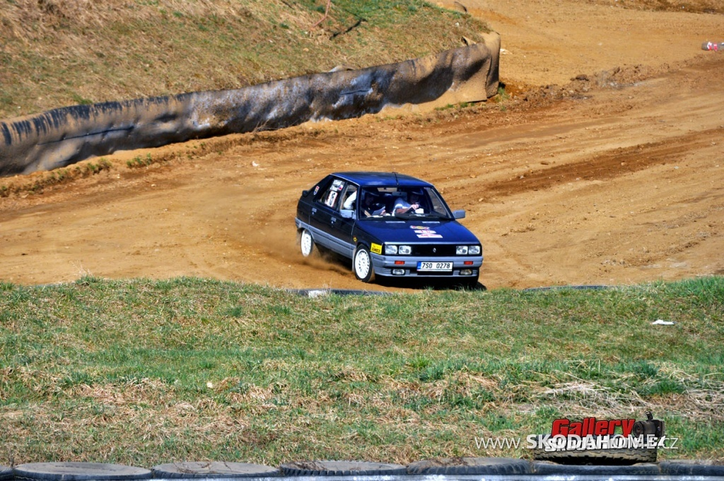 rallye-praha-revival-2011-155.jpg