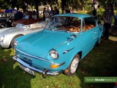 9-Svatovaclavska-jizda-historickych-vozidel-221.jpg
