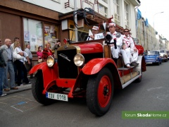 9-Svatovaclavska-jizda-historickych-vozidel-233.jpg
