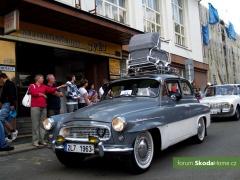 9-Svatovaclavska-jizda-historickych-vozidel-245.jpg