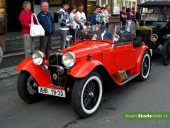 9-Svatovaclavska-jizda-historickych-vozidel-278.jpg