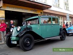 9-Svatovaclavska-jizda-historickych-vozidel-270.jpg