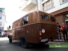 9-Svatovaclavska-jizda-historickych-vozidel-263.jpg