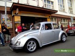 9-Svatovaclavska-jizda-historickych-vozidel-272.jpg