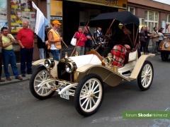 9-Svatovaclavska-jizda-historickych-vozidel-260.jpg