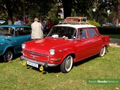 9-Svatovaclavska-jizda-historickych-vozidel-288.jpg