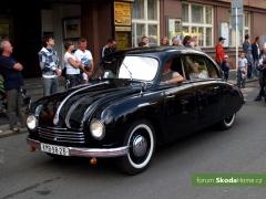 9-Svatovaclavska-jizda-historickych-vozidel-269.jpg