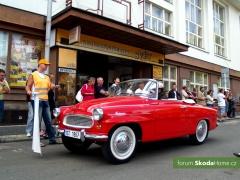 9-Svatovaclavska-jizda-historickych-vozidel-258.jpg