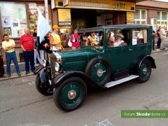 9-Svatovaclavska-jizda-historickych-vozidel-267.jpg