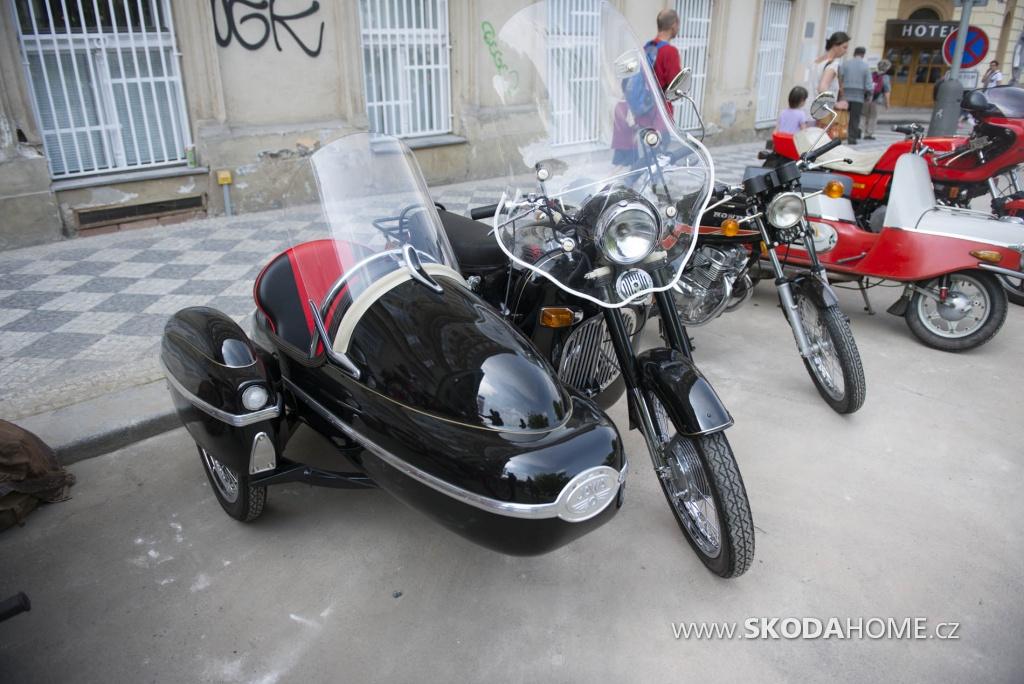 X_Sraz_historických_vozidel_ACR-102.jpg