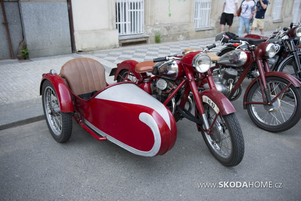X_Sraz_historických_vozidel_ACR-099.jpg