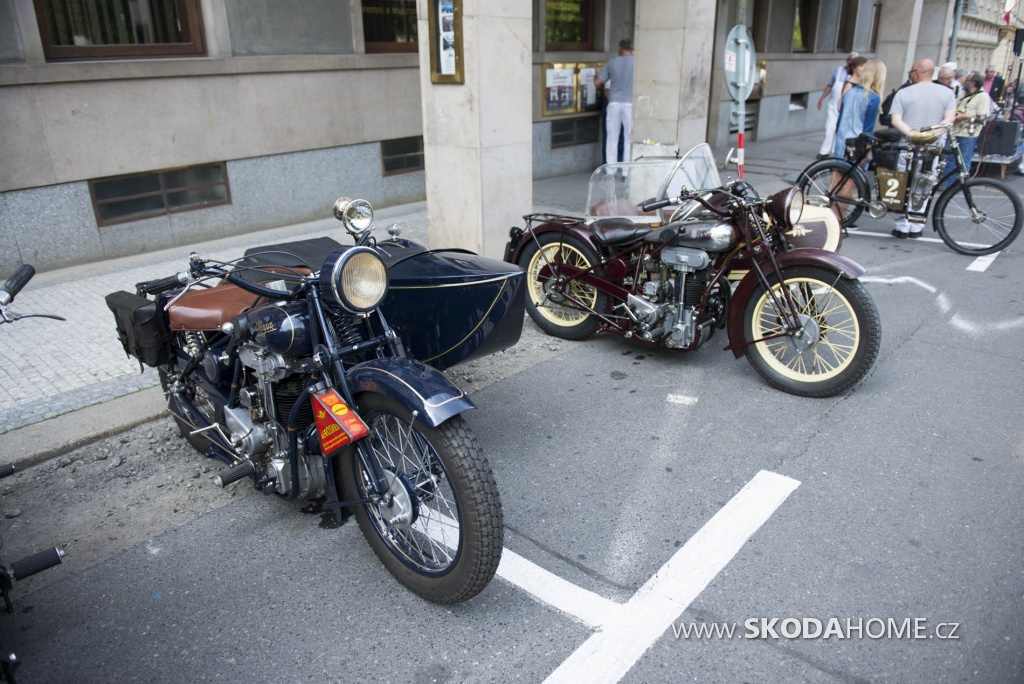 X_Sraz_historických_vozidel_ACR-096.jpg