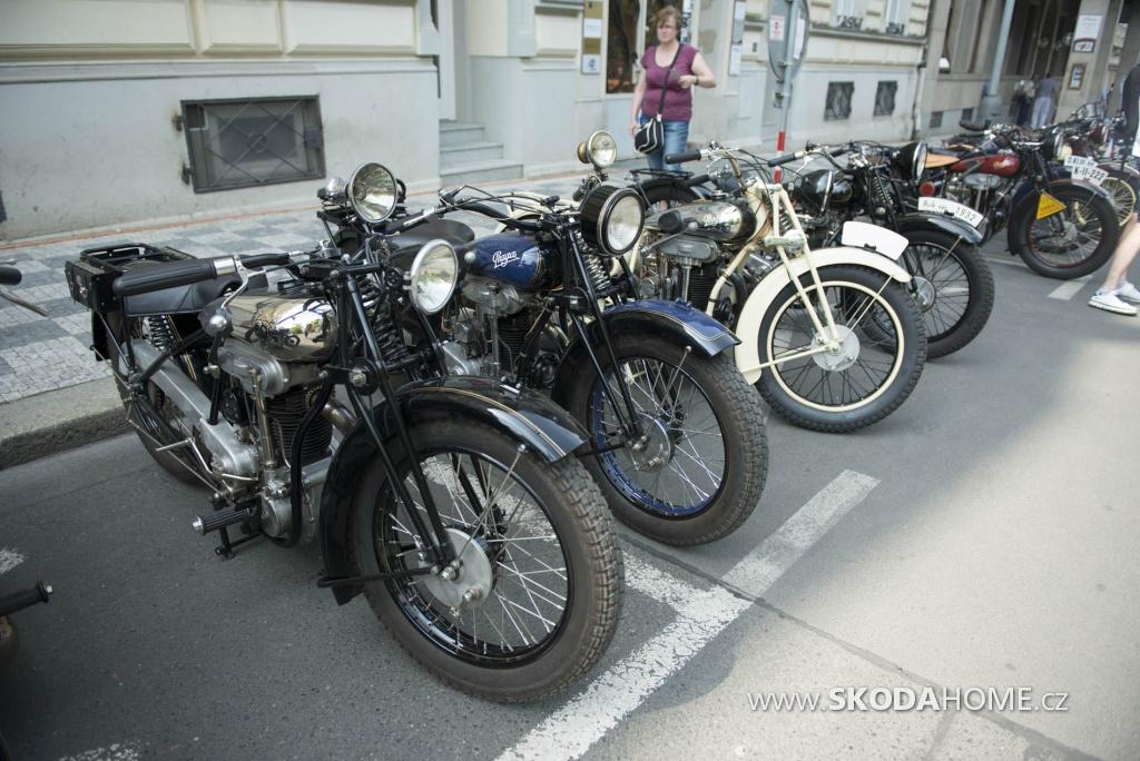 X_Sraz_historických_vozidel_ACR-089.jpg