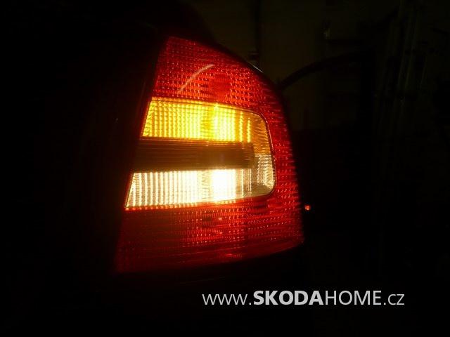 zadní LED světla