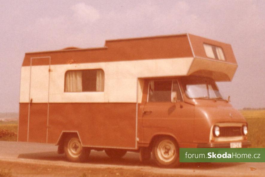 Škoda 1203 camp
