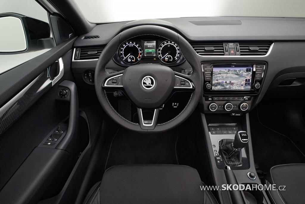SKODA Octavia 3 RS Interier 001