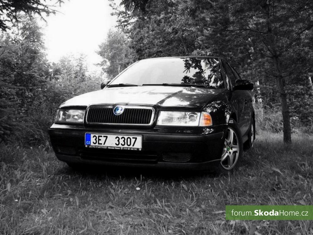 Škoda Octavie 1,6 (55kW, r. 1998)