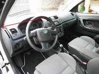 full_0801-automobily-skoda-roomster-scout-1-6-tdi-7.jpg