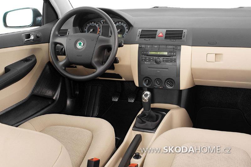 skoda-fabia-sedan_2378_6.jpg