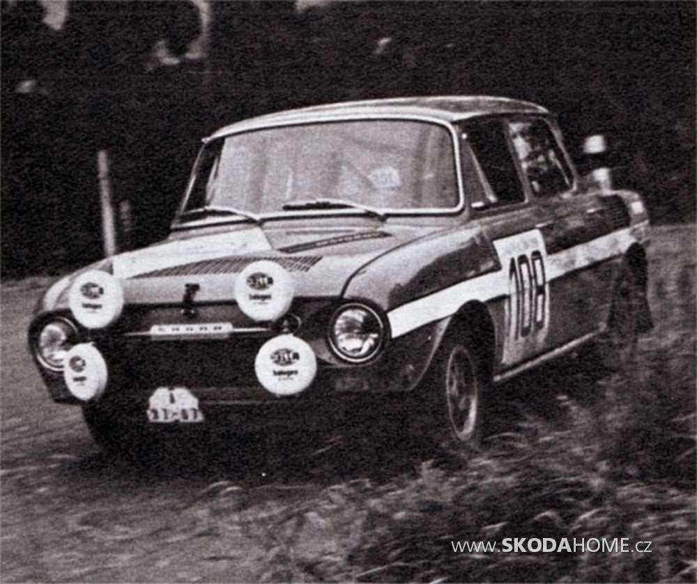 Škoda 120 S Rallye-9.jpeg