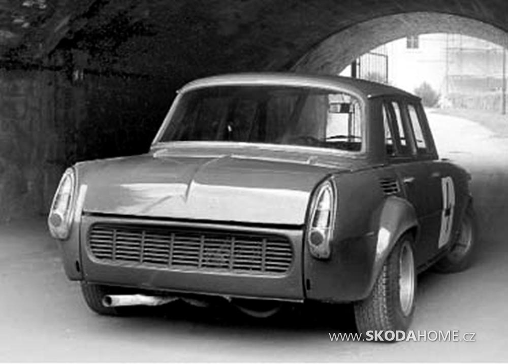 Skoda-1000-MB-B5-08.png