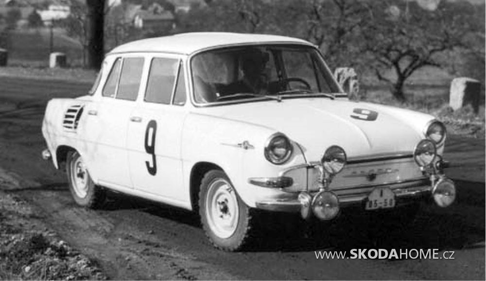 Skoda-1000-MB-B5-10.png