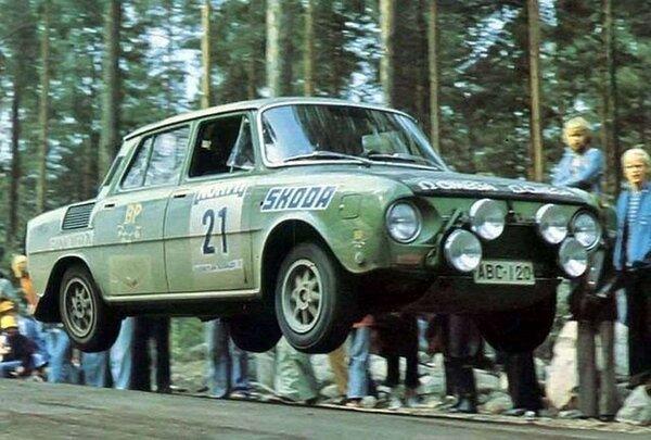 Škoda 120 S Rallye-14.jpeg