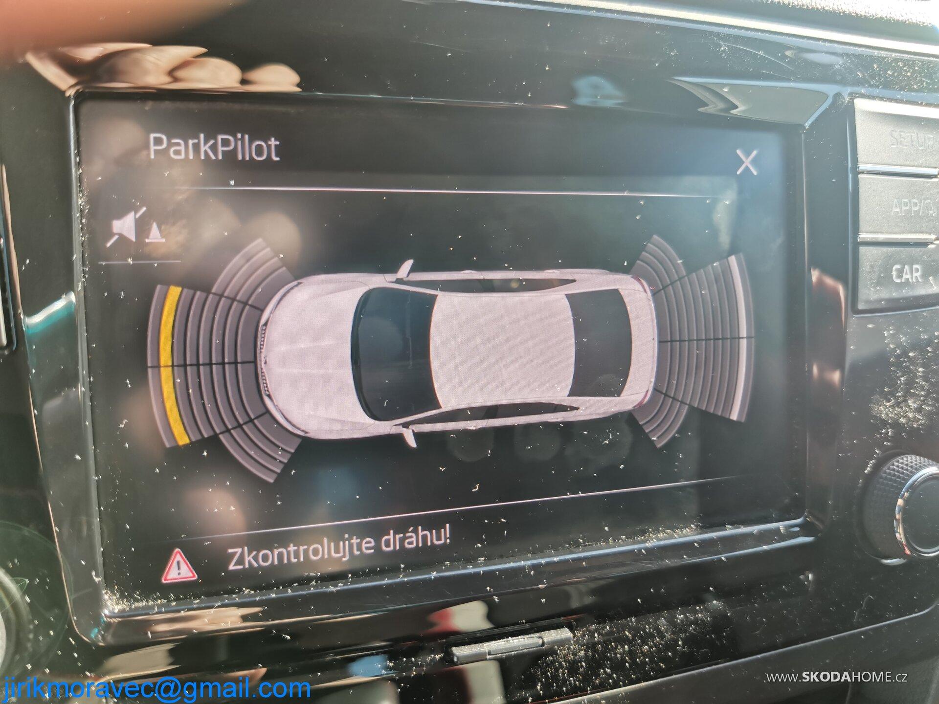 Grafika parkovacích senzorů