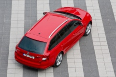 SKODA Octavia 3 Combi Red 004