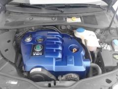 Kryt motoru po lakování